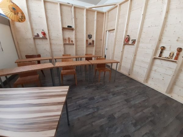 Kleiner Seminarraum bei Luzerner Allmend, Deko Japanisch