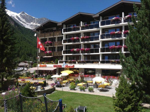 Hotel Kristall-Saphir AG