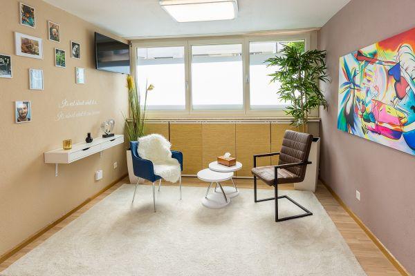 Ab Sofort - Therapie-/Büroraum Nähe SBB Bahnhof